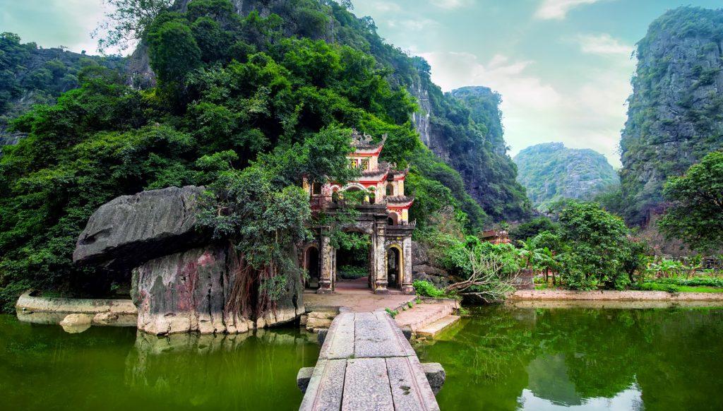 Trang An – Bich Dong Pagoda Day Tour
